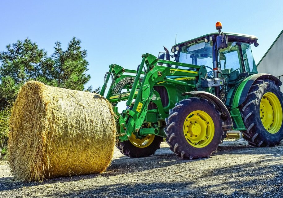 tractor-2952499_960_720